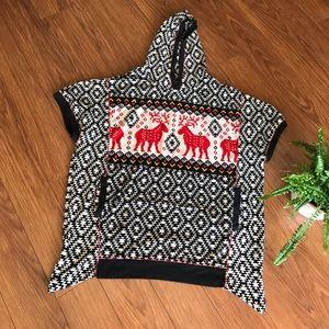 Poncho Hooded Fleece Tribal Art Size Small